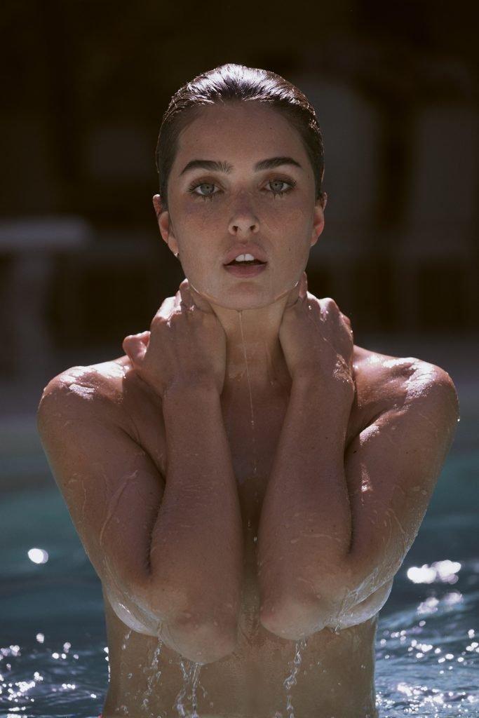 Jessica Wall Nude (12 Photos)