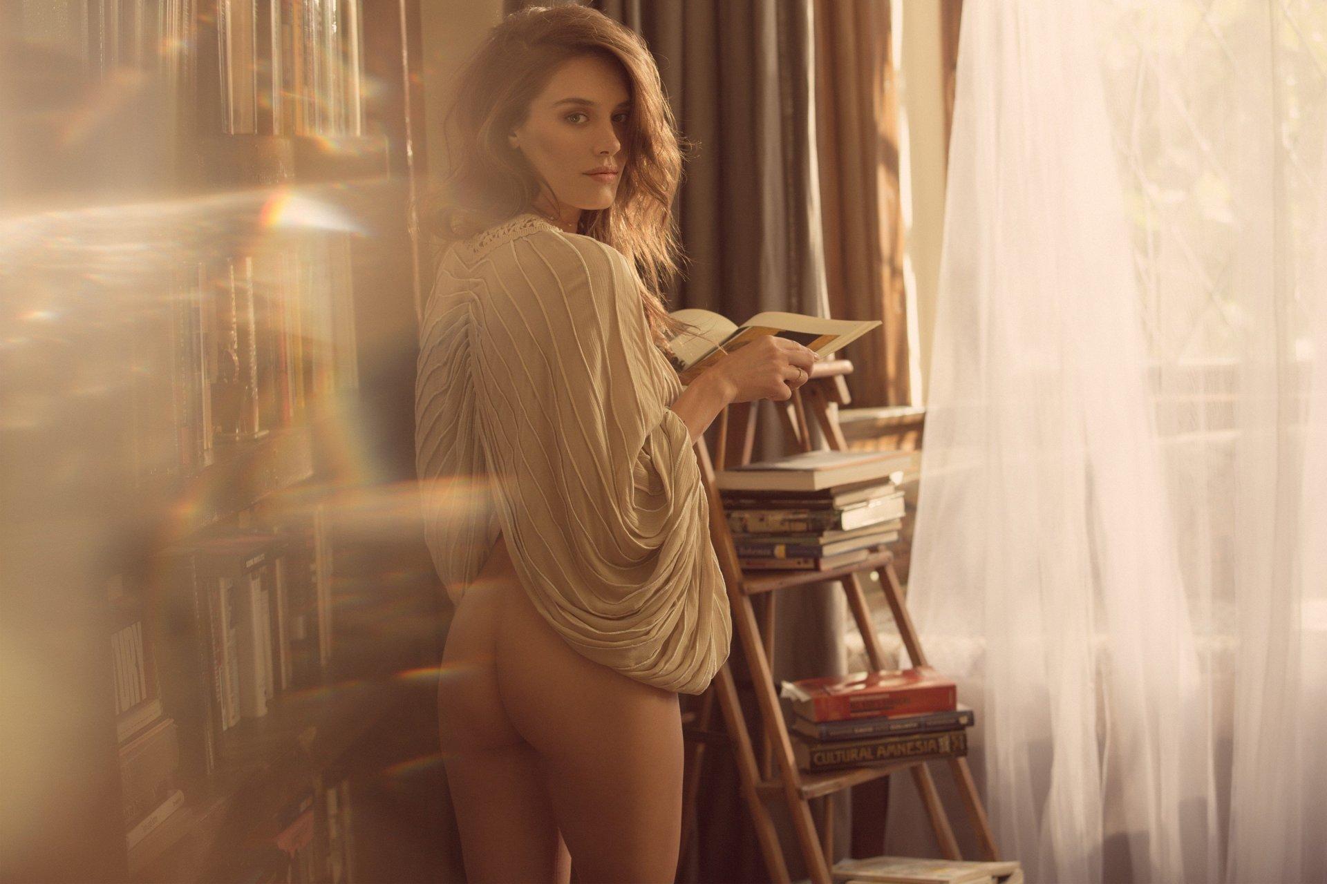 Garvin nackt  Jean Kayla Amanda Tapping