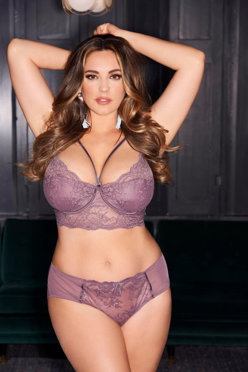 Babestation Sex Tape kelly brook (6 sexy photos) | #thefappening