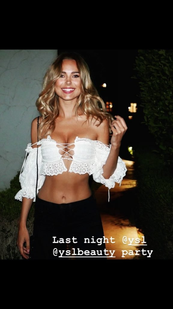 Kimberley Garner Sexy (16 Photos + Gifs & Video)