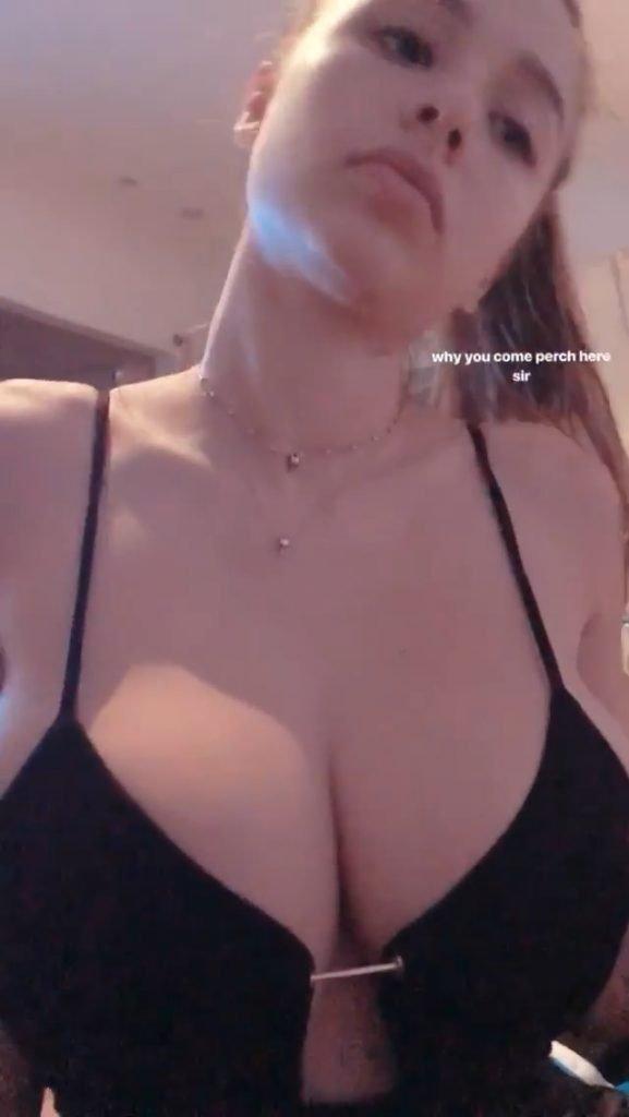 Sophie Mudd Sexy (11 Photos + Gifs)