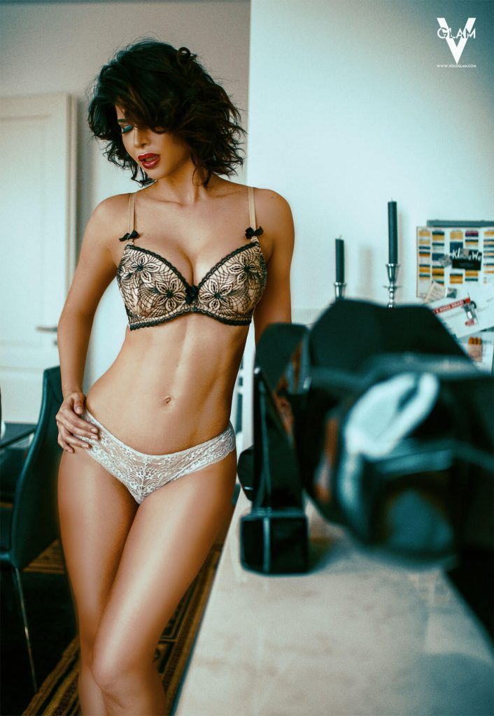 Micaela Schäfer Nude & Sexy (14 Photos)