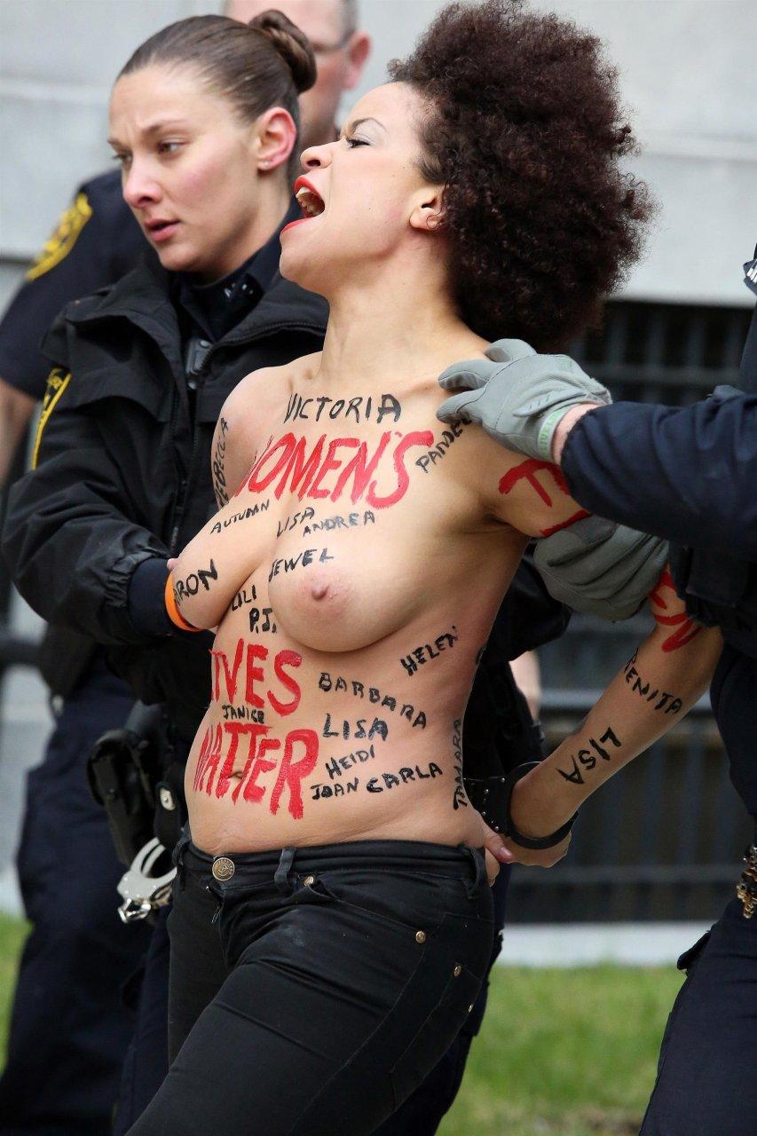 Topless Nicole Rochell nude photos 2019