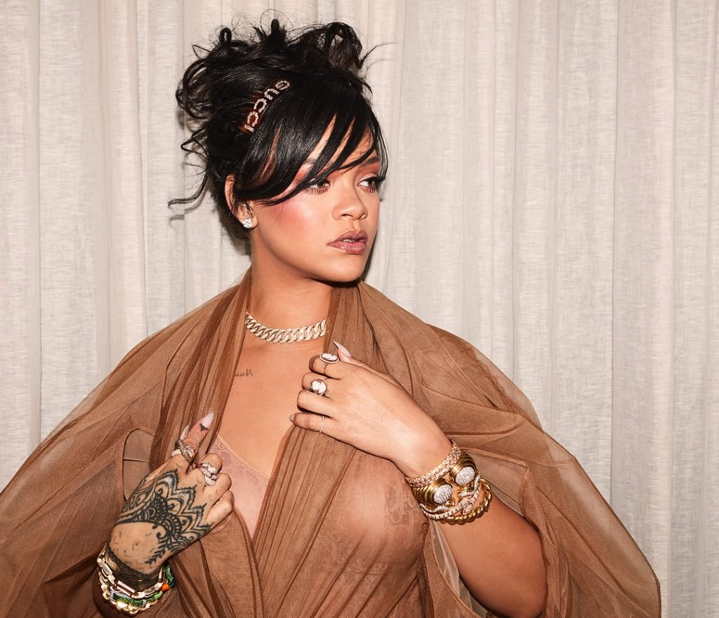 Rihanna nude pics perez