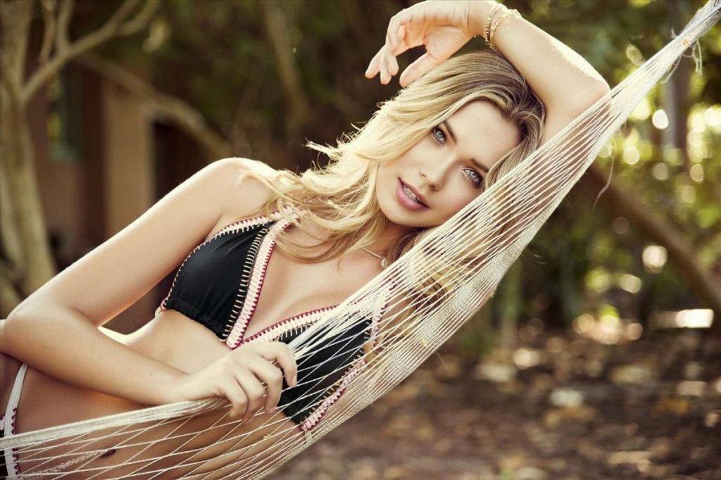 Sandra Kubicka Sexy (20 Photos)
