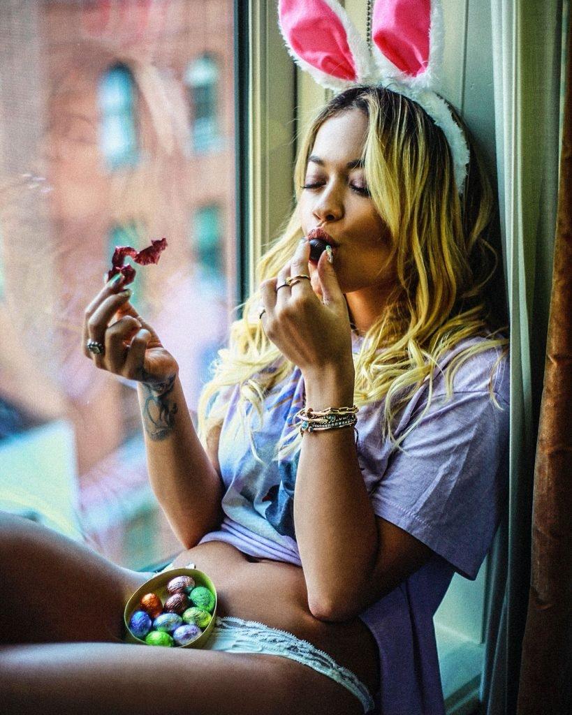 Rita Ora Sexy (2 Hot Pics)