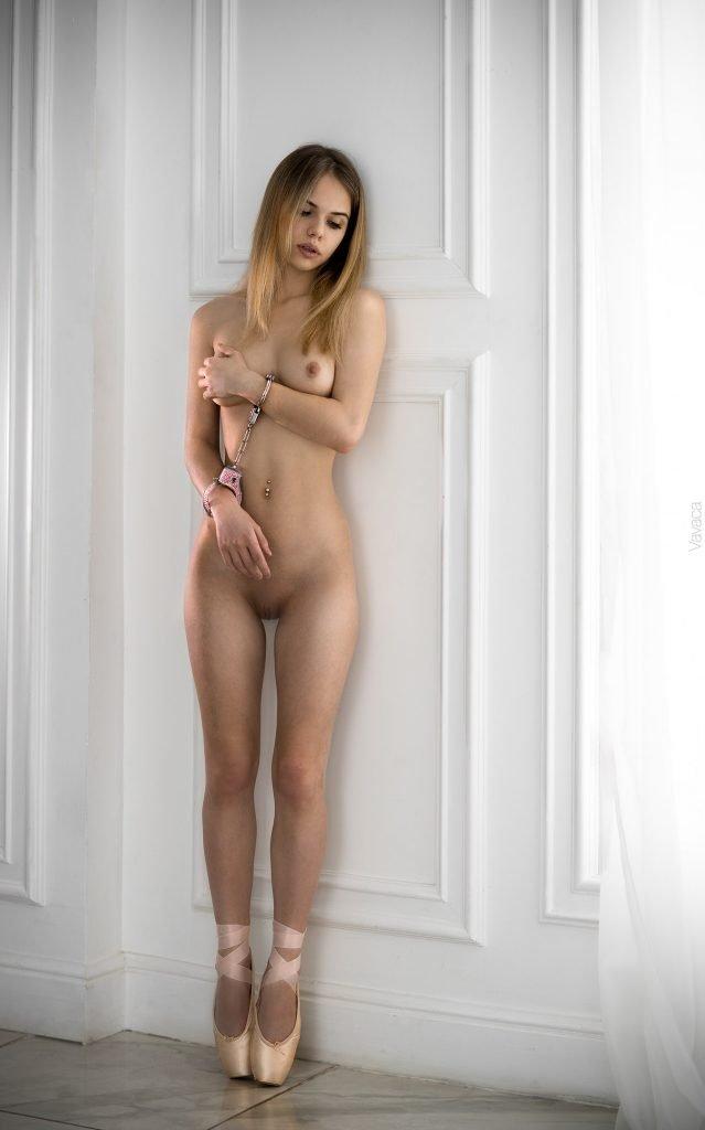 alexandra nude
