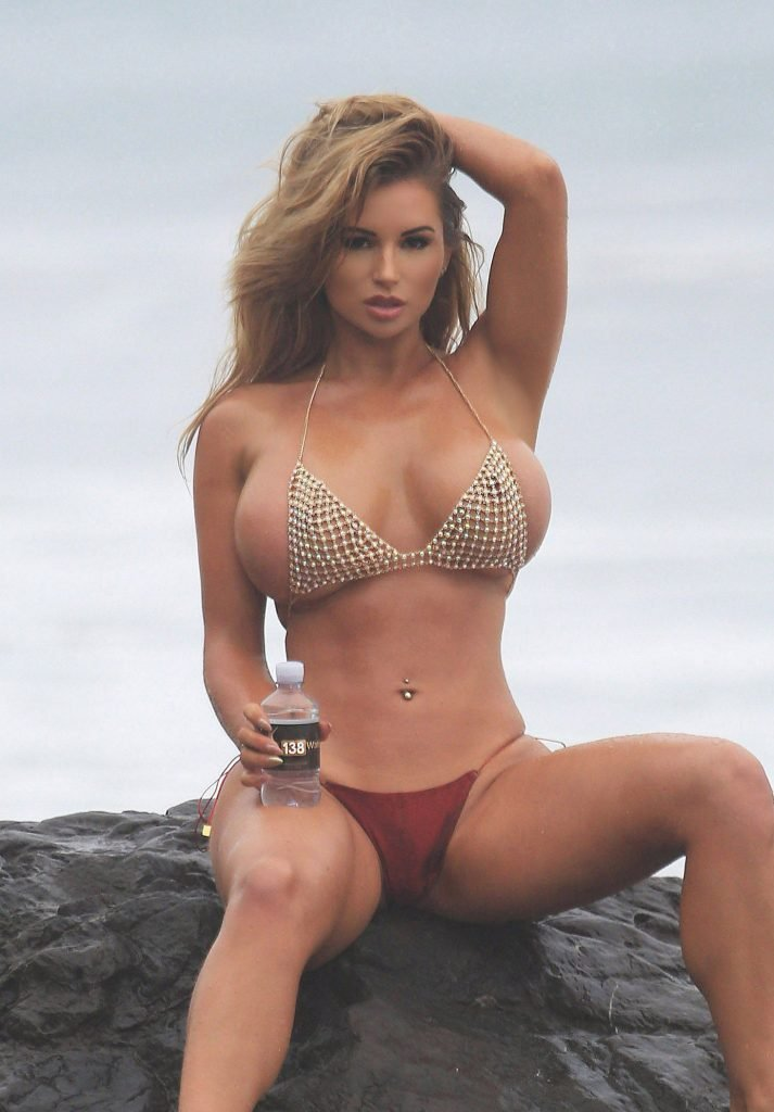 Amy Lee Summers Sexy (84 Photos)