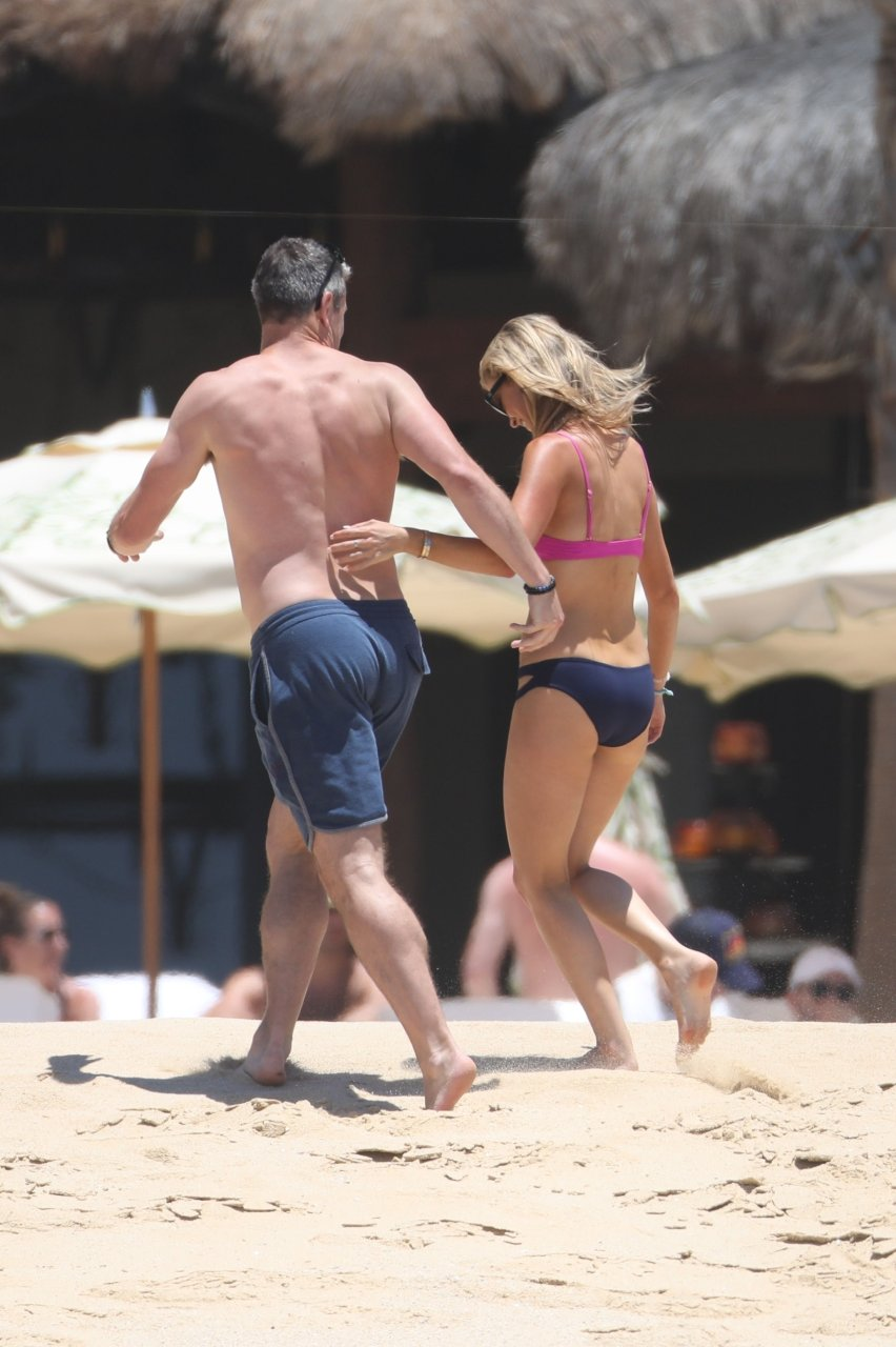 christina el moussa butt