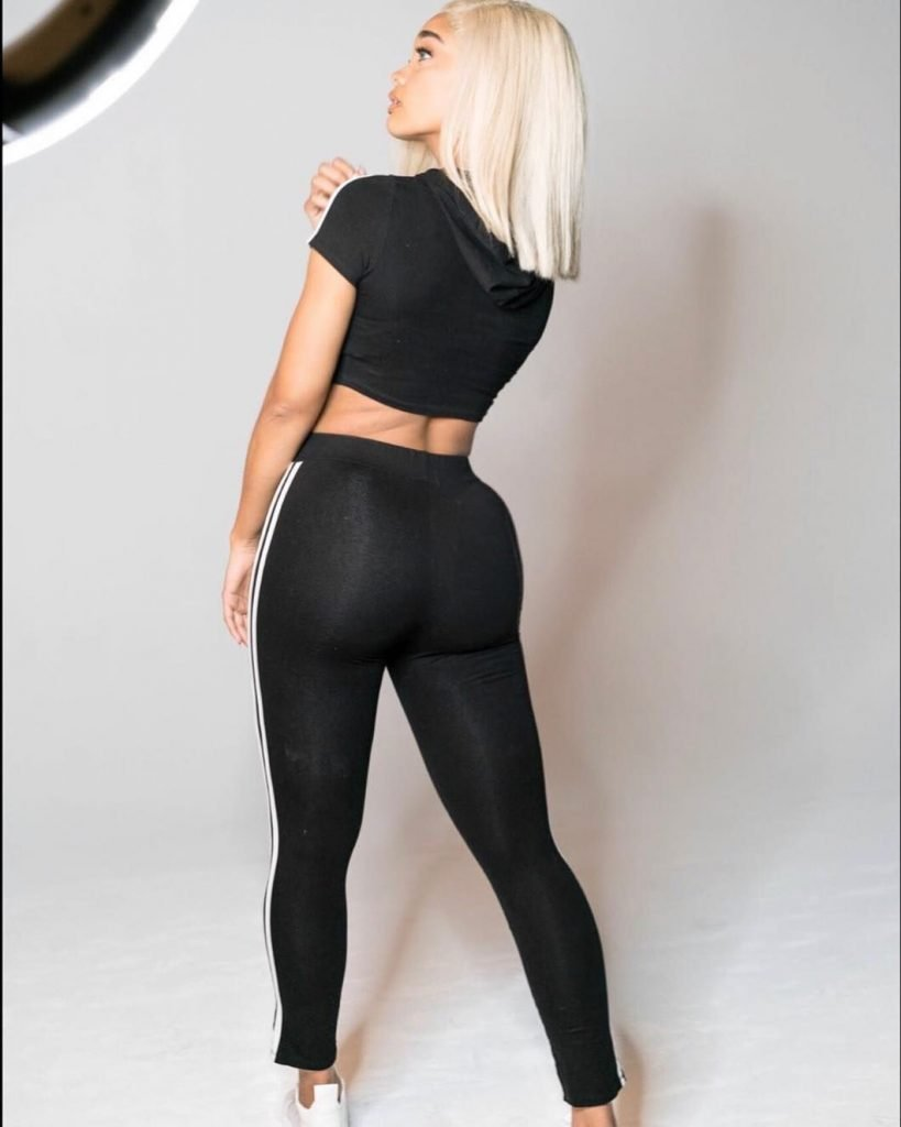 Dakota Gonzalez Sexy (83 Photos + GIFs & Videos)