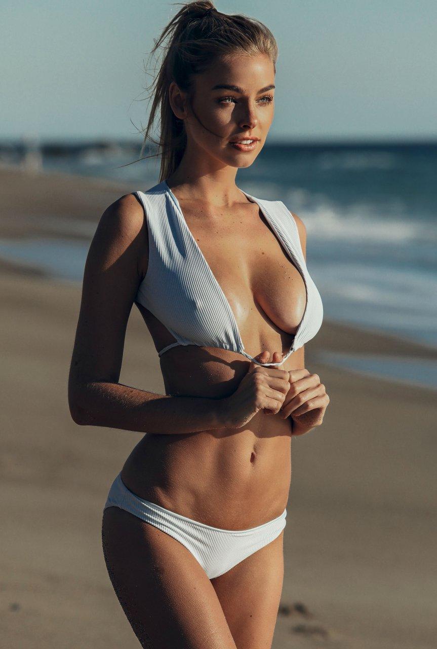 Nude andrea roth Nude Photos