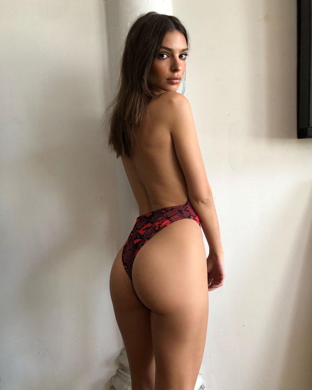 Bikini girls pics brazilian