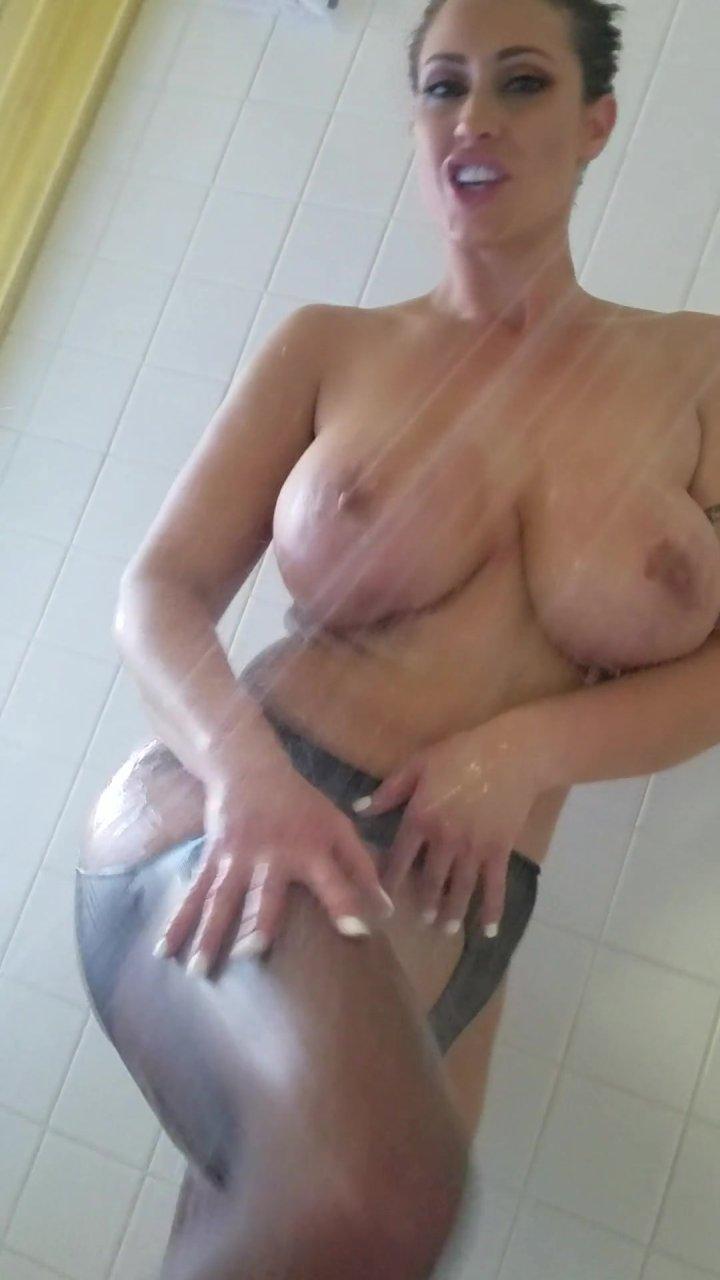 Hottest naked