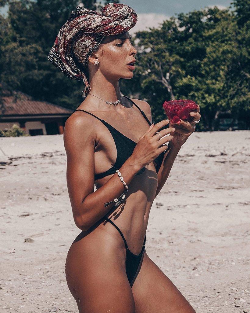Giulia Calcaterra Nude & Sexy Fappening (73 Photos)