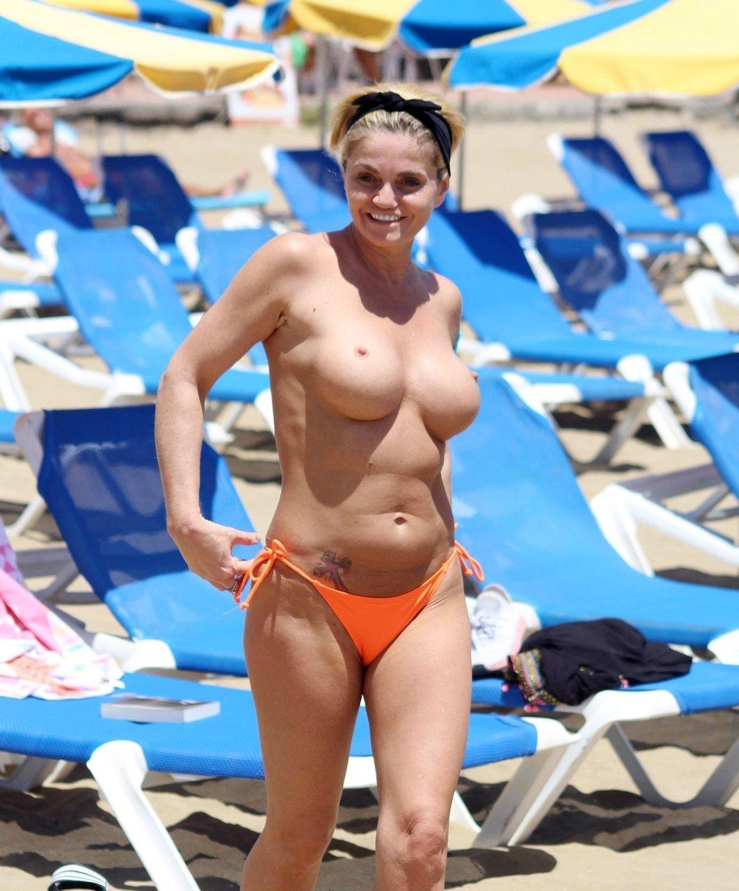 naked (74 photos), Leaked Celebrites image