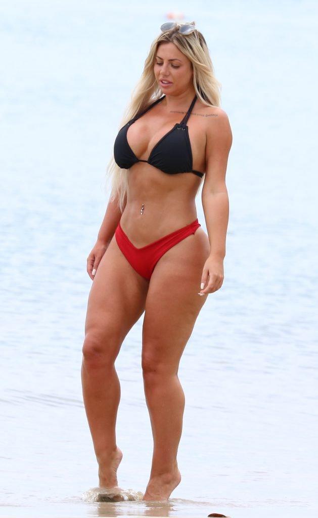 Holly Hagan Sexy (63 Photos)
