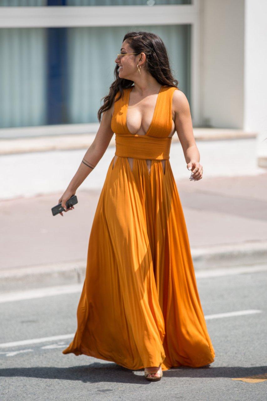 Inanna Sarkis Sexy (20 Photos) | #TheFappening