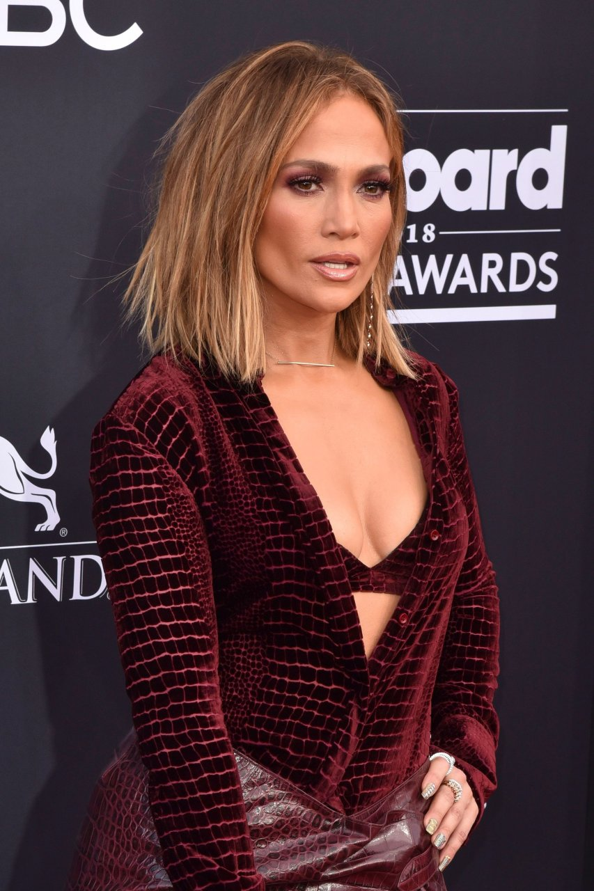 Jennifer Lopez Sexy (52 Photos) | #TheFappening