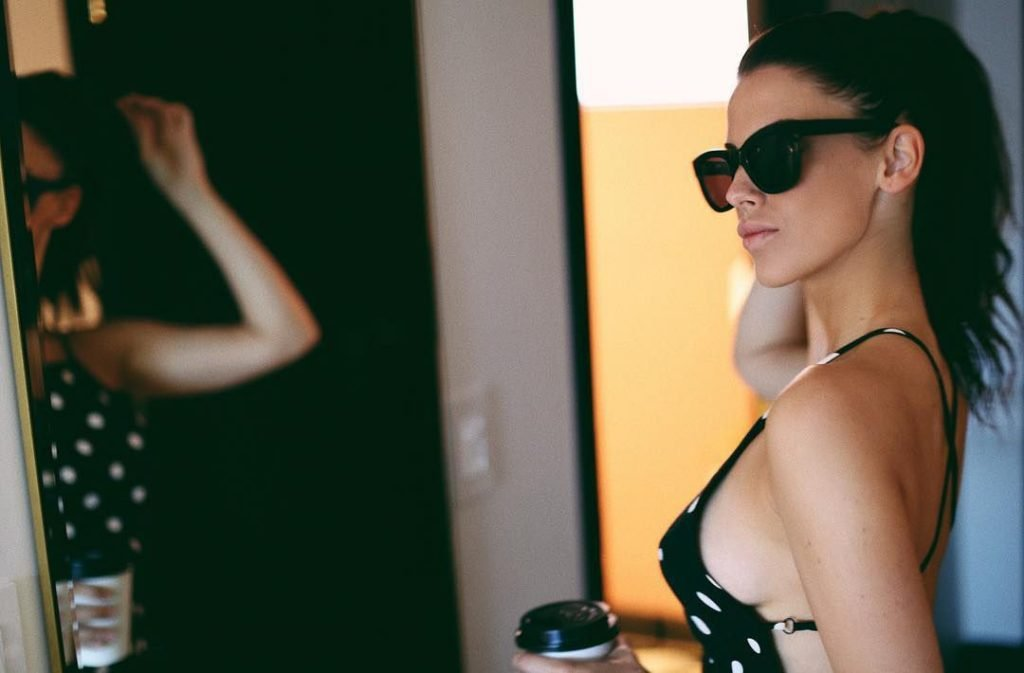 Jessica Lowndes Sexy (12 Photos + GIFs)