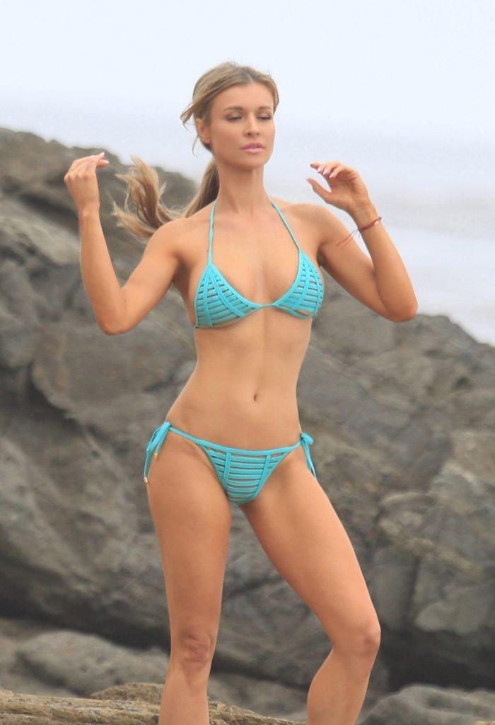 Joanna Krupa Sexy (49 Photos)