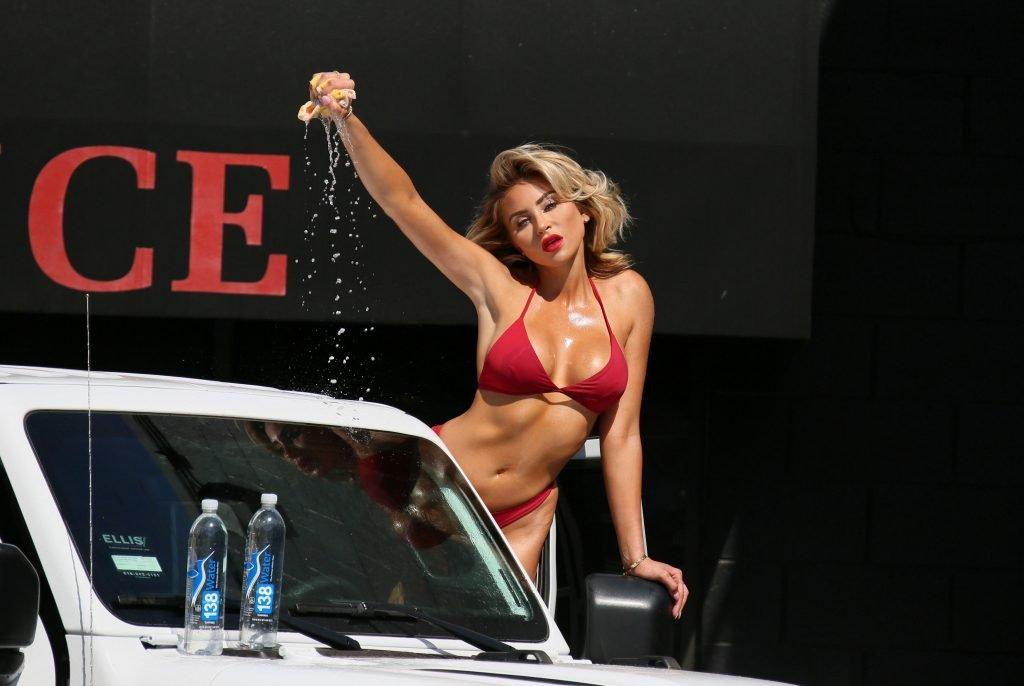 Khloe Terae Sexy (35 Photos + Gif)