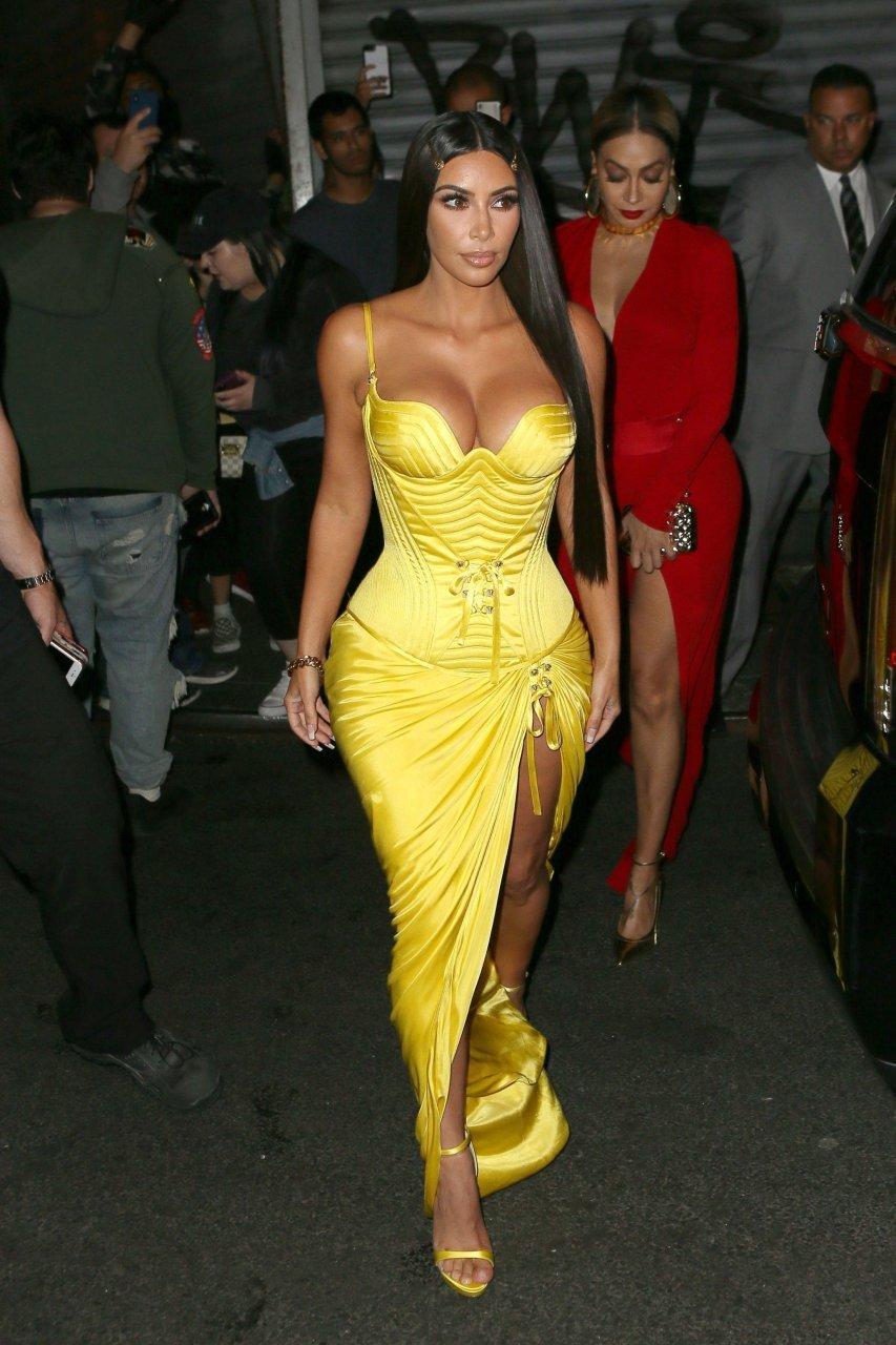 Kim-Kardashian-Sexy-TheFappeningBlog.com-6-1.jpg