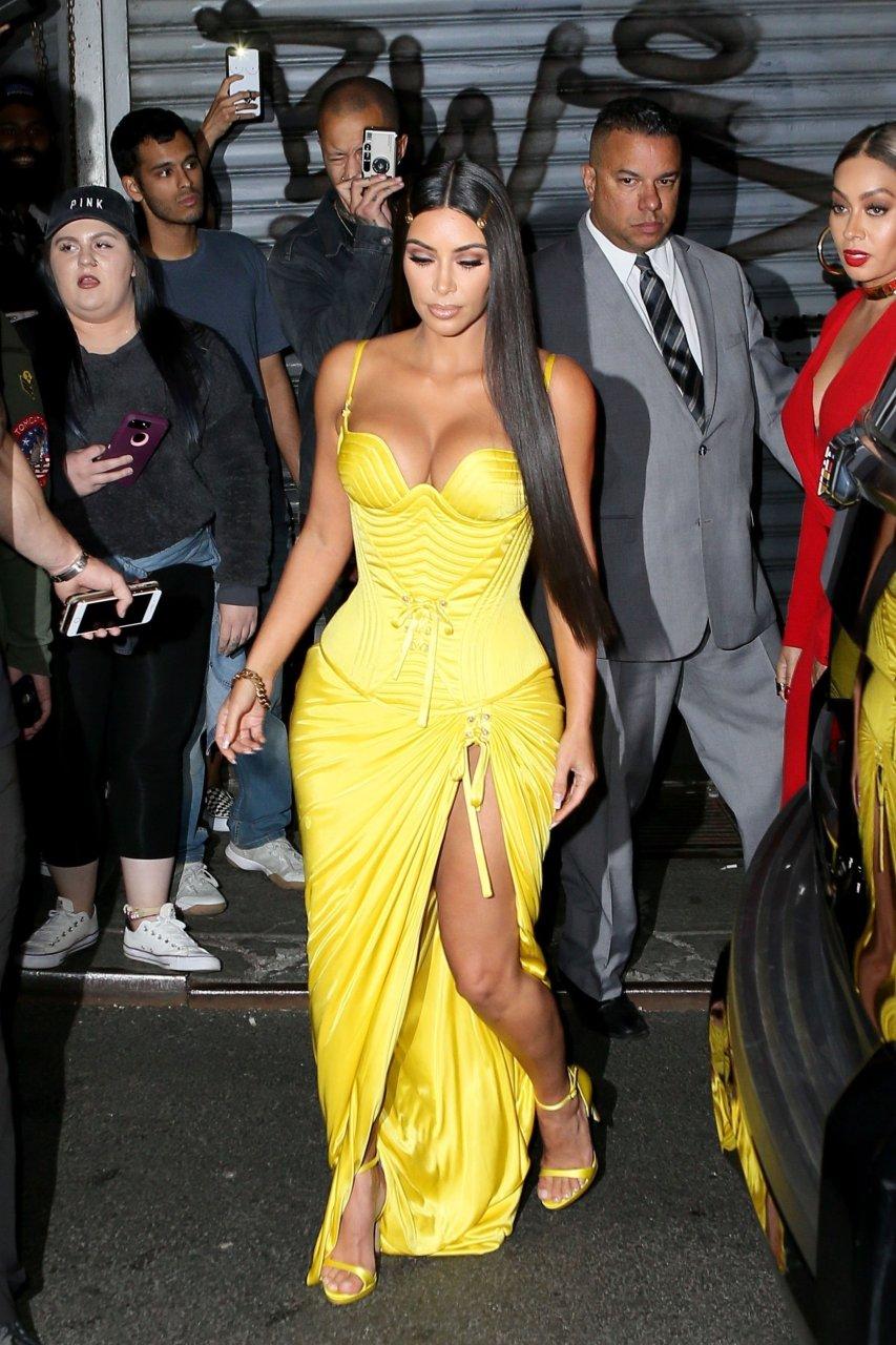 Kim-Kardashian-Sexy-TheFappeningBlog.com-7-1.jpg