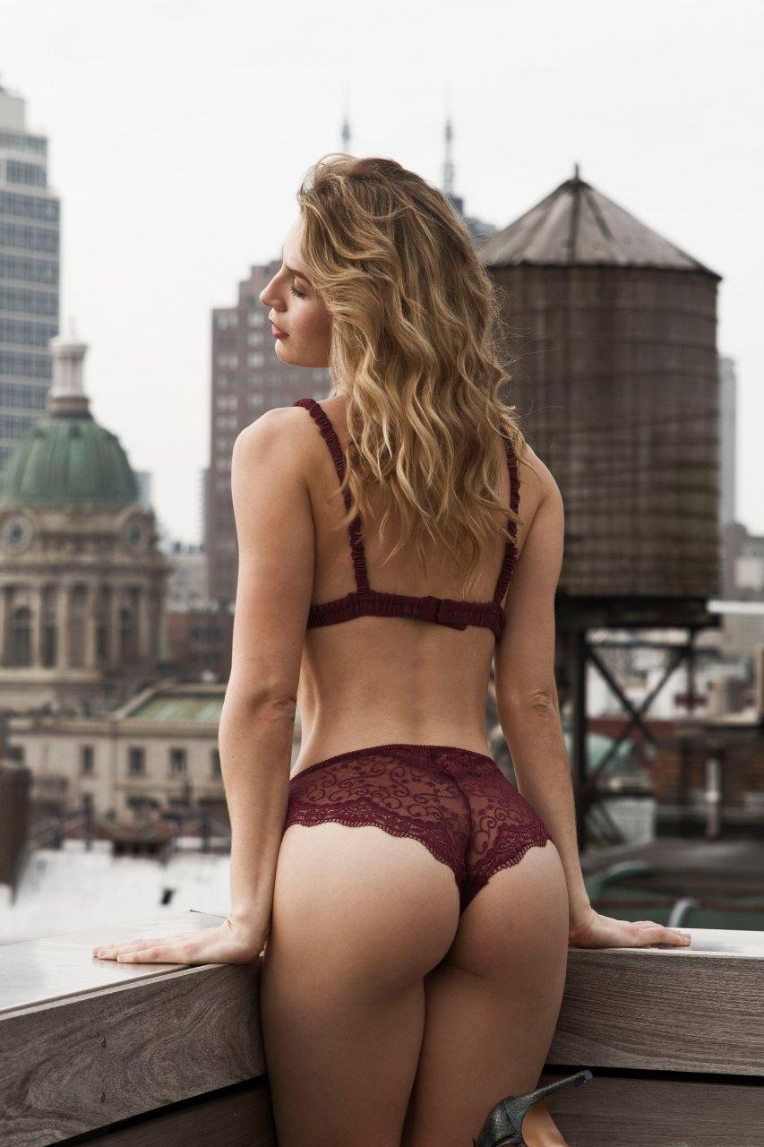 Olivia Munn Ass And Nips Bikini Pics - 2019 year