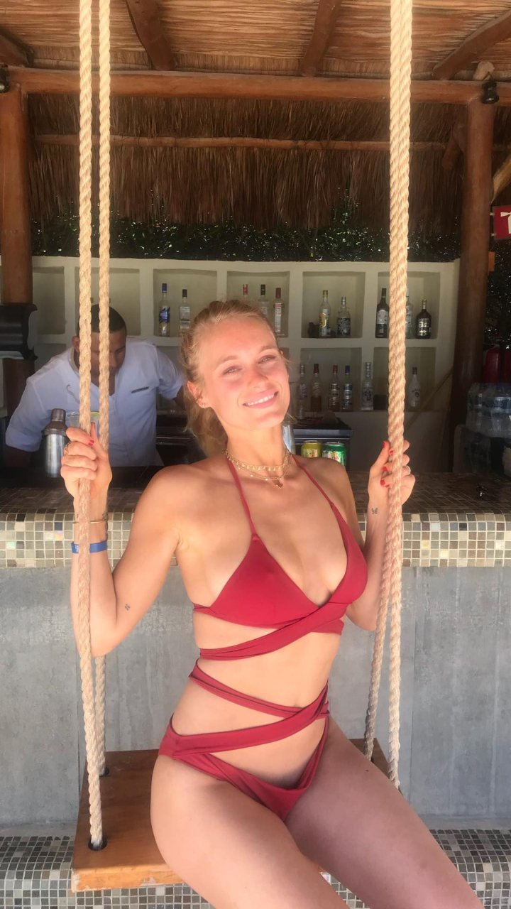 leven rambin nude pictures