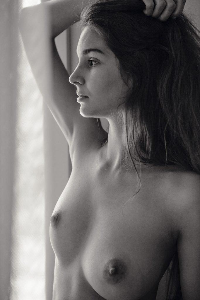 Lina Lorenza Nude (8 Photos)