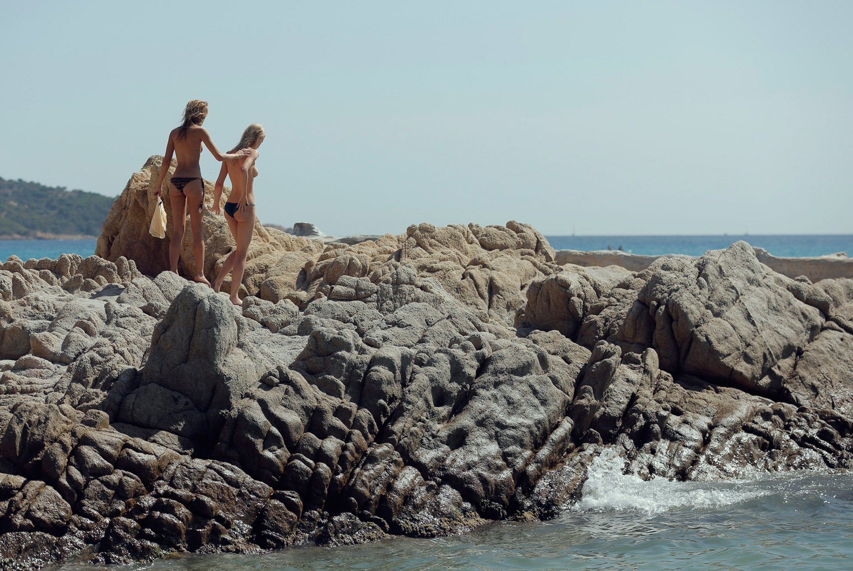 Dove Cameron Nude And Submissive new foto