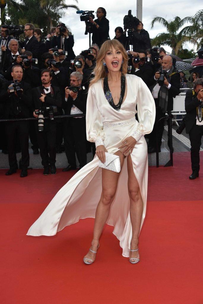 Simone thomalla topless