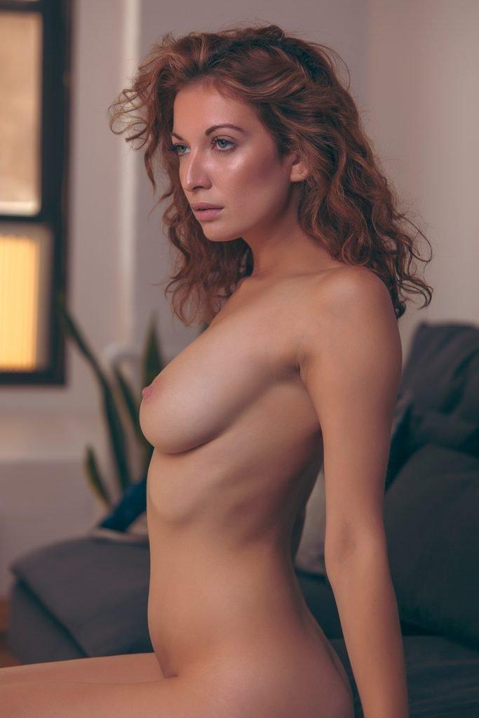 Richelle Oslinker Nude (10 Photos)