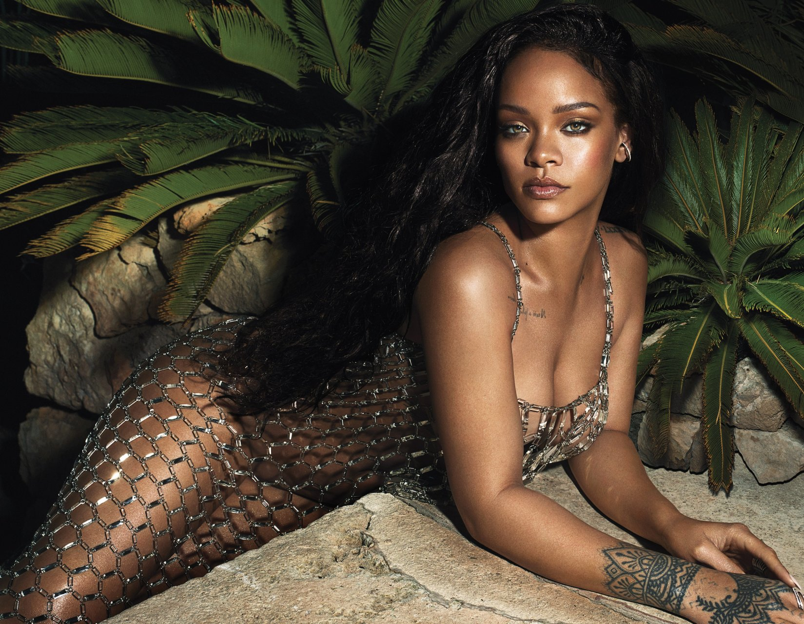 Rihanna Nude Photos and Videos | #TheFappening