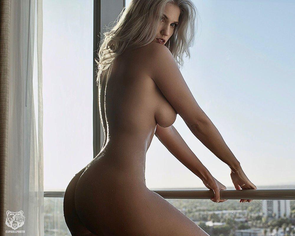 Nackt Samantha Robson  Nudity in