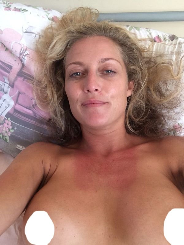 Suzanne Collins Nude Leaked Fappening (3 Photos)