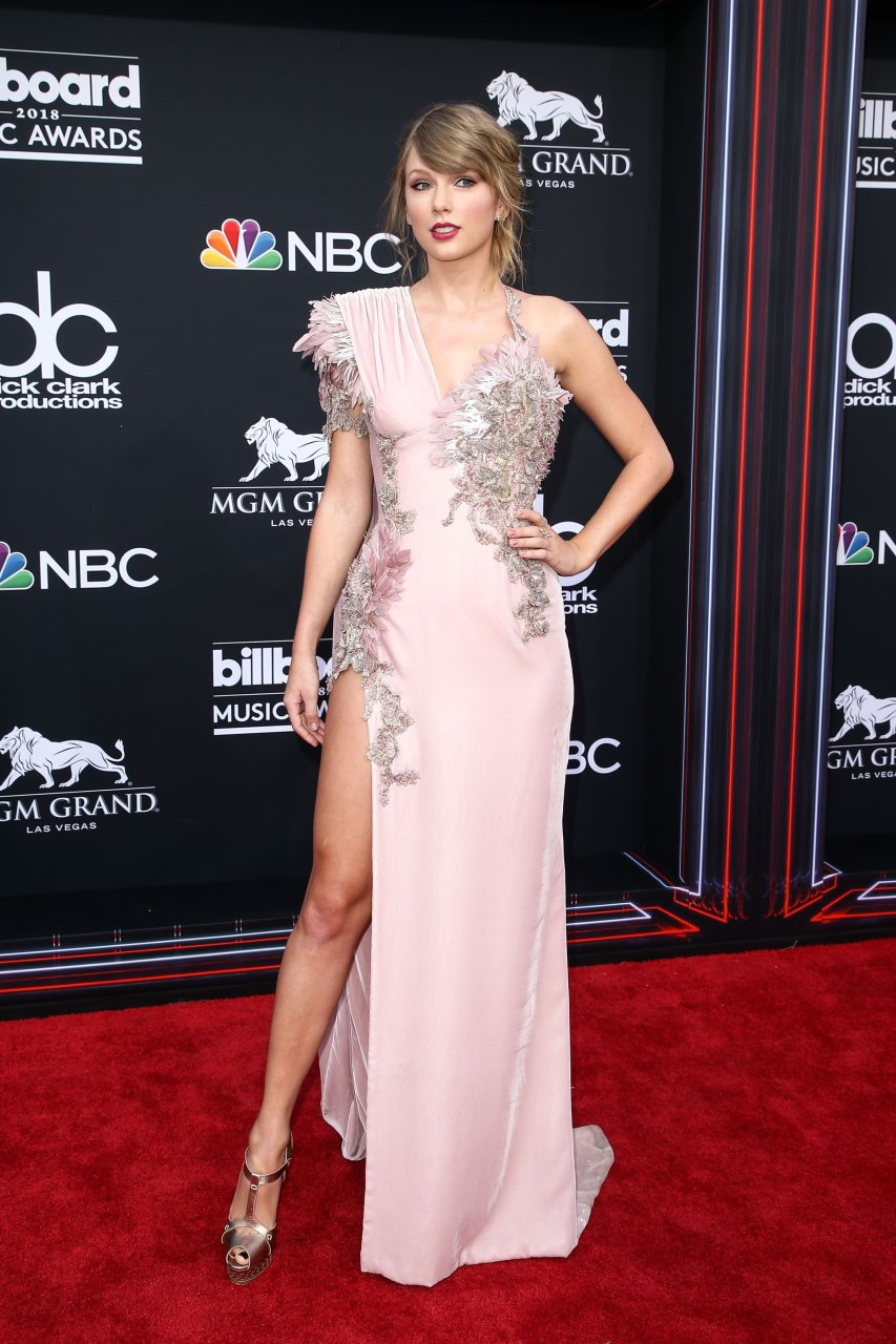 Taylor Swift Sexy (50 ... Taylor Swift Reputation Album