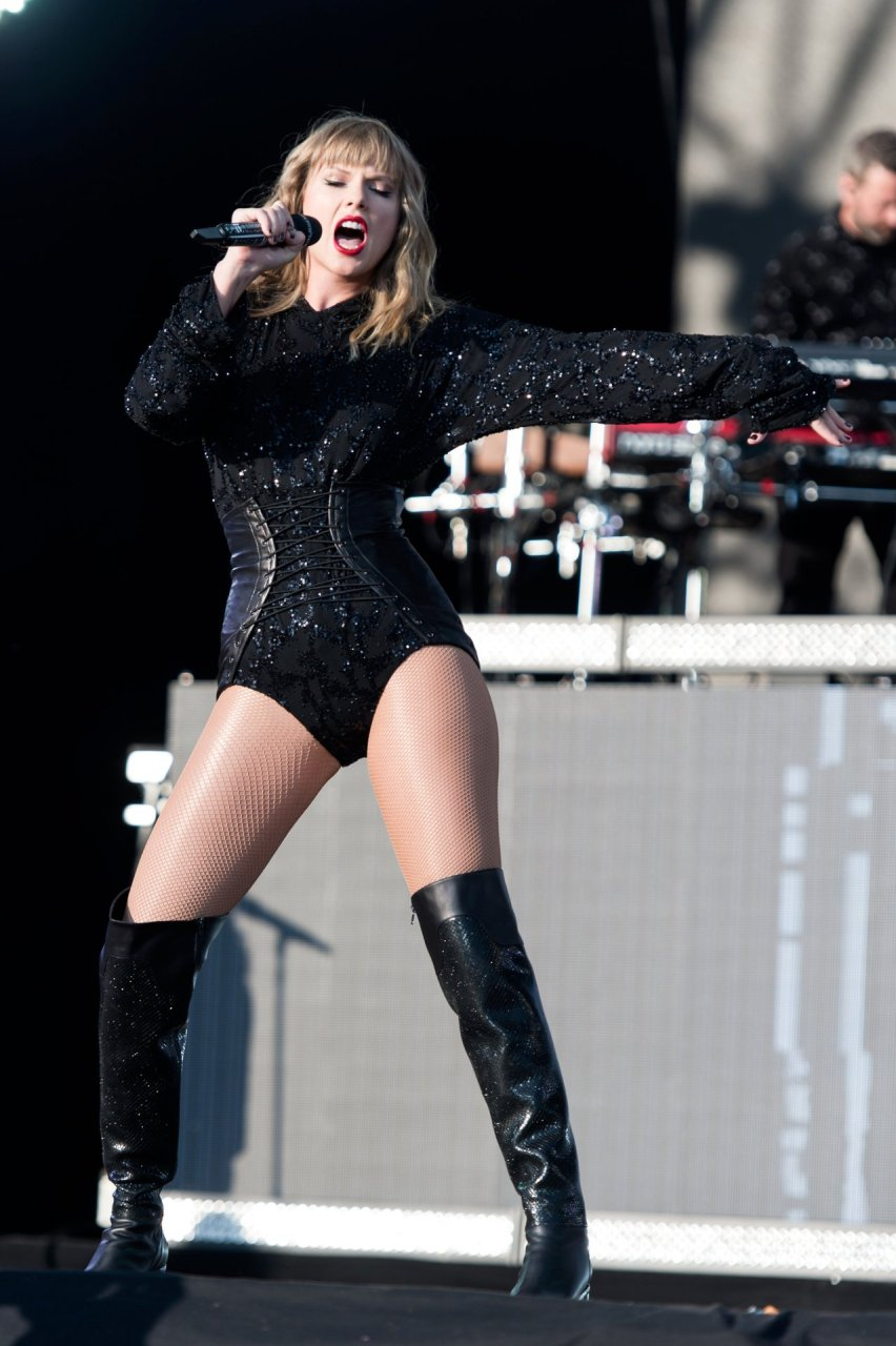 taylor swift sexy 39 photos video thefappening