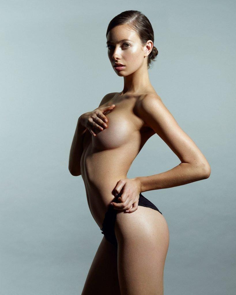 Tillie Medland Nude & Sexy (31 Photos)