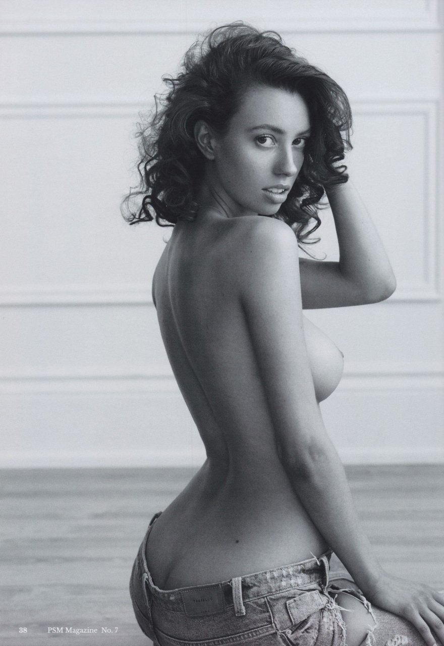 Tillie Medland Nude Photos and Videos