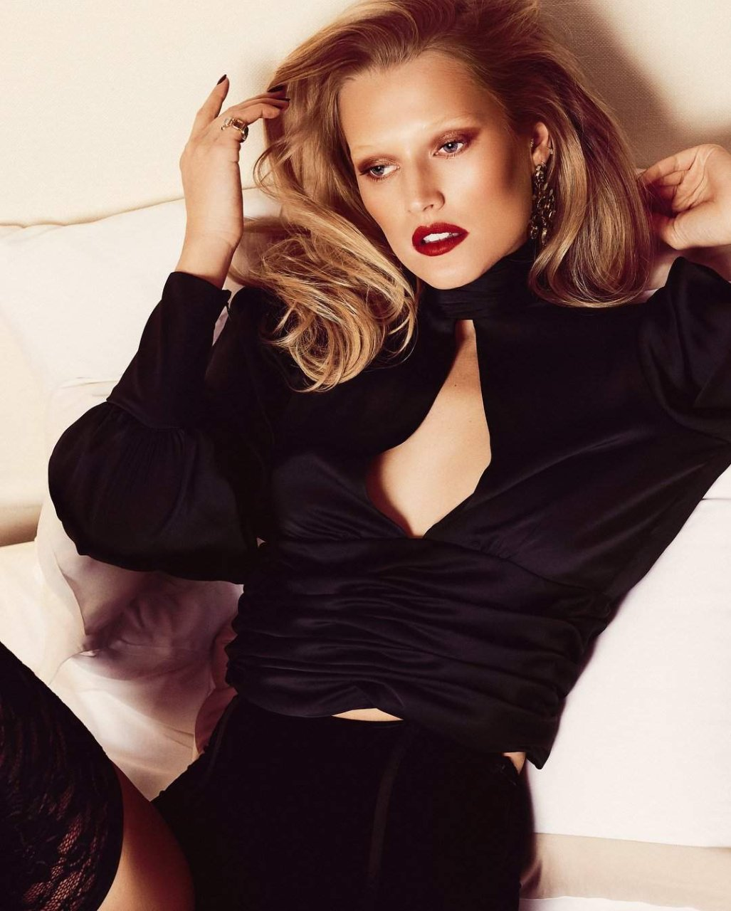 Toni-Garrn-See-Through-Sexy-TheFappeningBlog.com-4.jpg