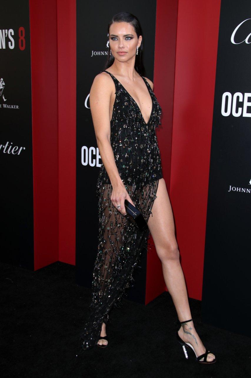 Adriana Lima Sexy (35 Photos)   #TheFappening