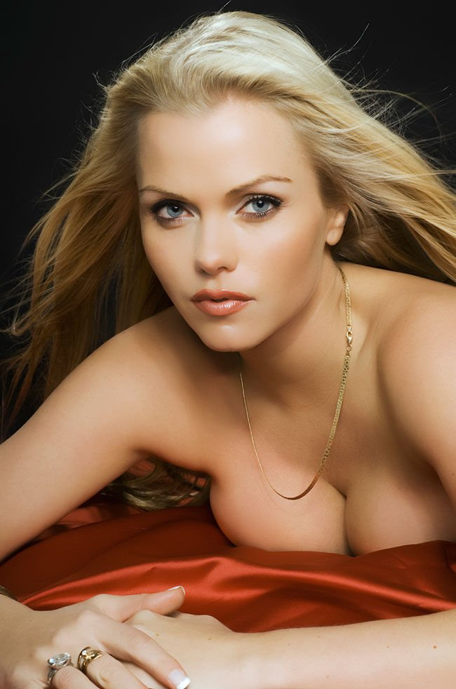 Asdis Ran Nude & Sexy (72 Photos)