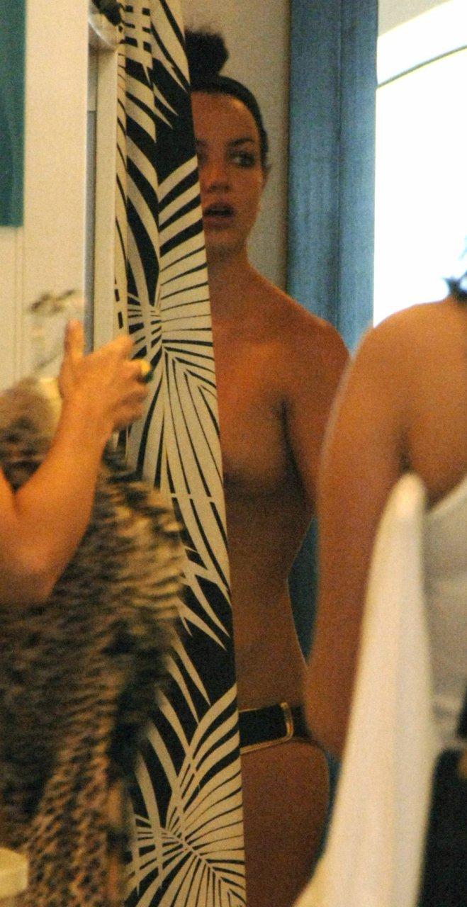 Bikini Brinty Spairs Nude Pictures