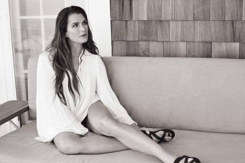 Brooke Shields Sexy (13 Photos)
