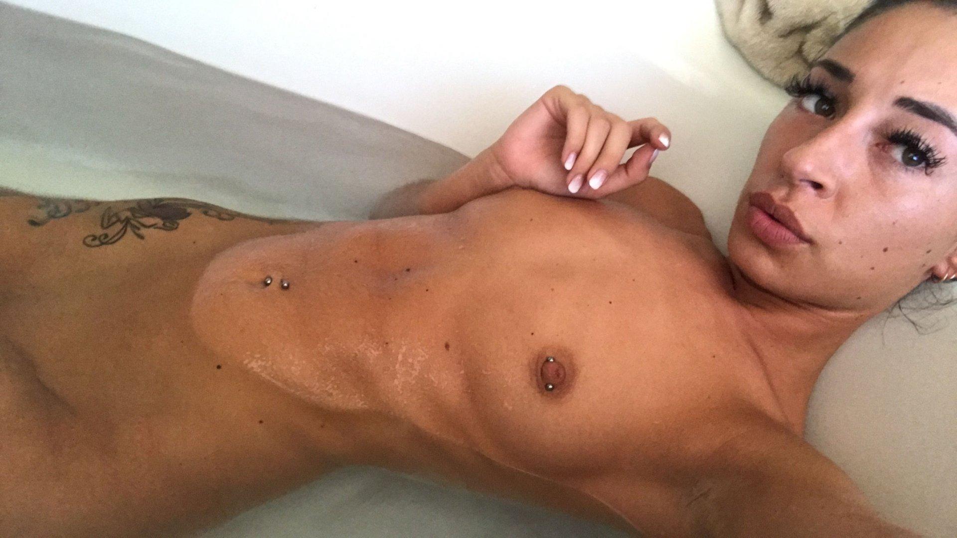 Cameron-Canela-Naked-TheFappeningBlog.com-25.jpg