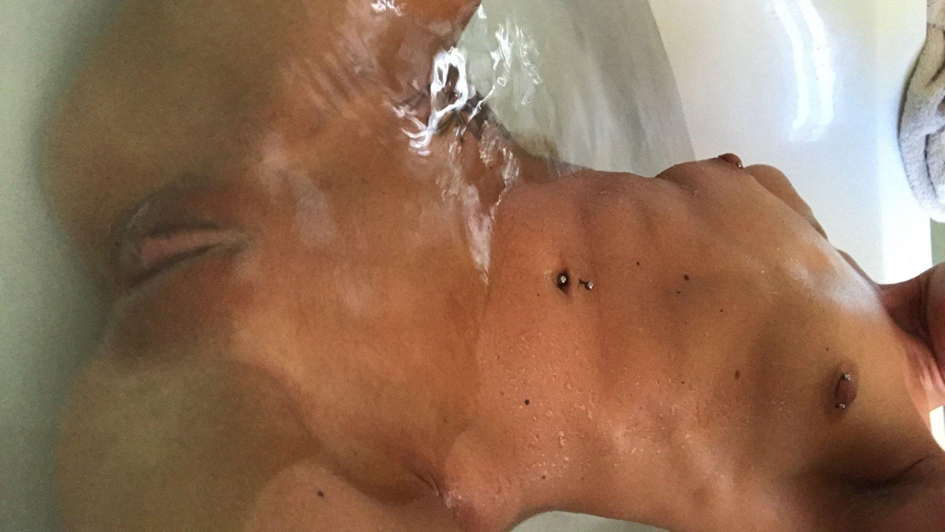 Cameron-Canela-Naked-TheFappeningBlog.com-27.jpg
