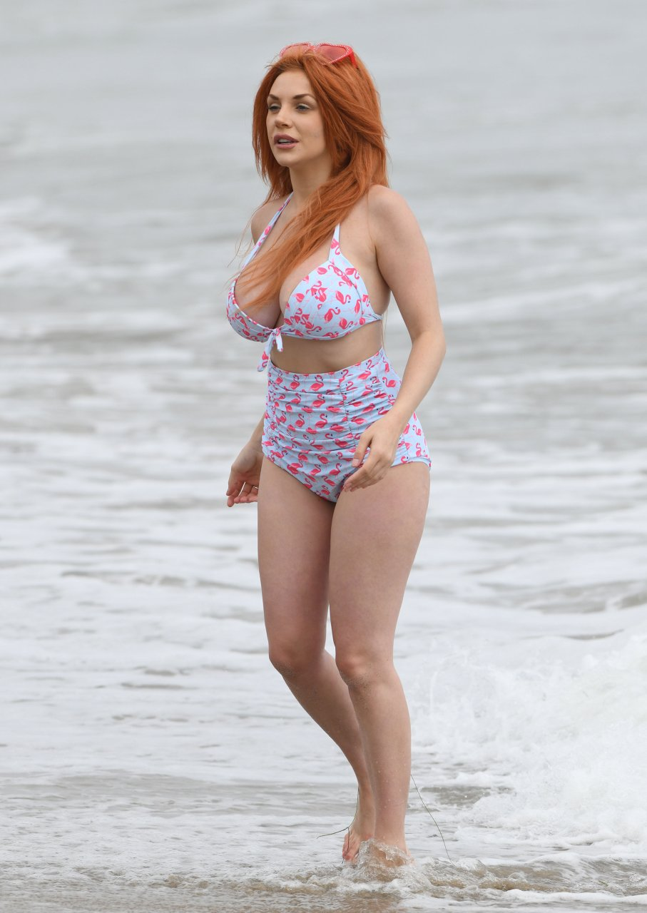 Courtney Stodden outing to the beach in Malibu, 06/24/2018.