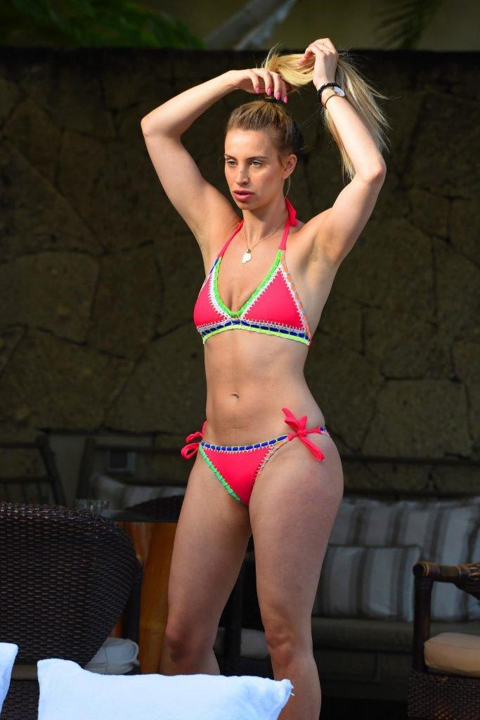 Ferne McCann Sexy (5 Photos)