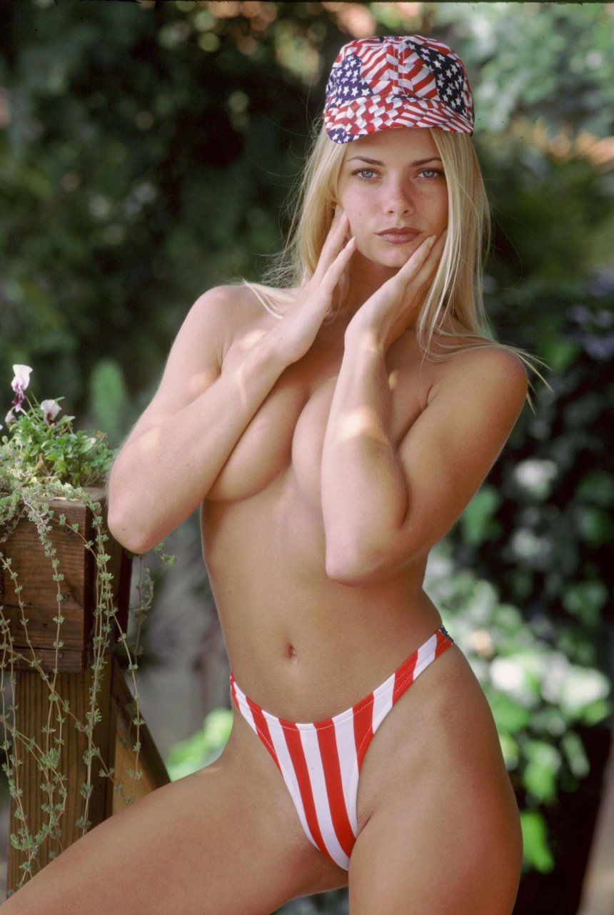 Sofia Richie Nude Pics